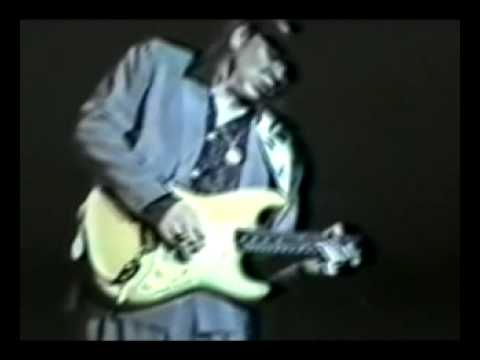 """Stevie Ray Vaughan - """"The Sky is Crying"""" - Live in Iowa 1987"""