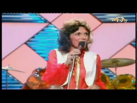The Carpenters - Please Mr Postman [1978]
